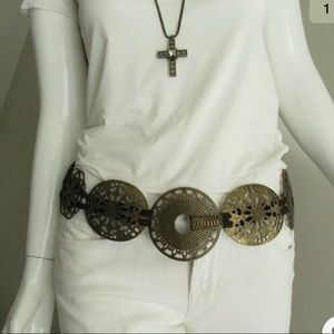 SUZI ROHER BRASS MEDALLION METAL STATEMENT BELT